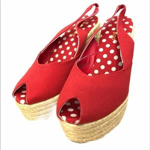 NEW red canvas retro style wedges sandals shoes 7